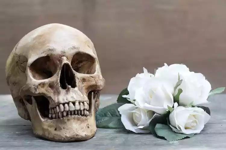 Văn hóa ứng xử với người chết