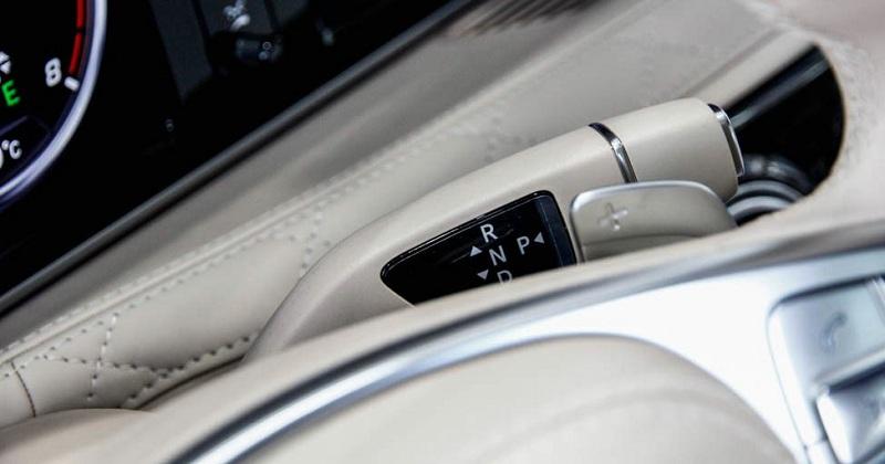 Xe Mercedes Benz S600 MAYBACH màu đen 017