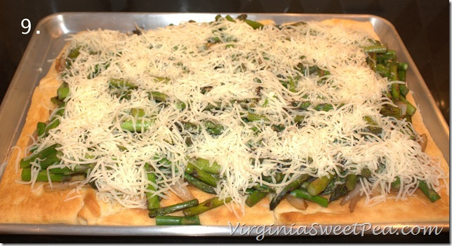 Asparagus Squares - This quick, easy, and delicious meal takes just 30 minutes to prepare and requires very few ingredients. virginiasweetpea.com