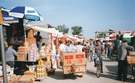 Piata En gross Tirana