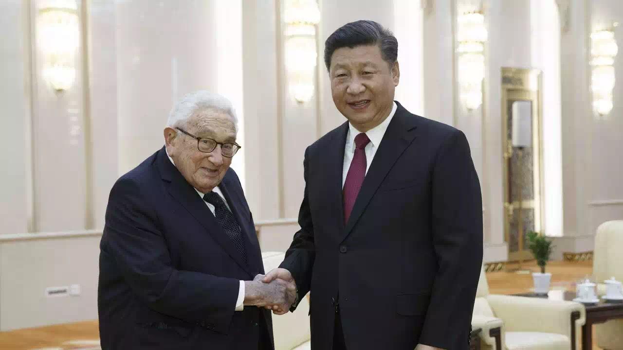 Henry Kissinger - tên ác đồ với nước Mỹ, với Việt Nam và cả thế giới!