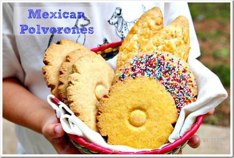 Polvorones mexicanos | Visit our site to check out the full recipe.
