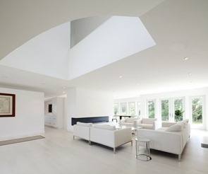 sala-moderna-muebles-blancos