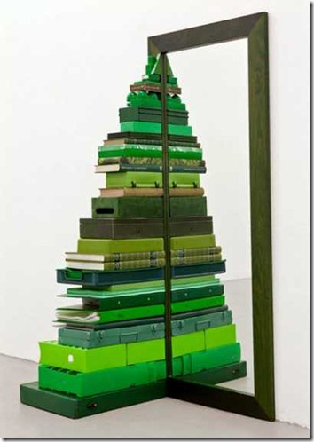 http-www_lushome_com11-alternative-christmas-tree-designs-made-books883262