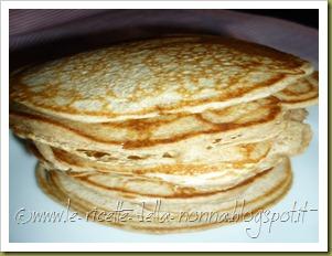 Pancakes ai quattro cereali con latte di soia, zucchero di canna e sciroppo d'agave (8)