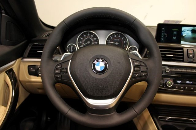 Nội thất xe BMW 420i Convertible new model 06