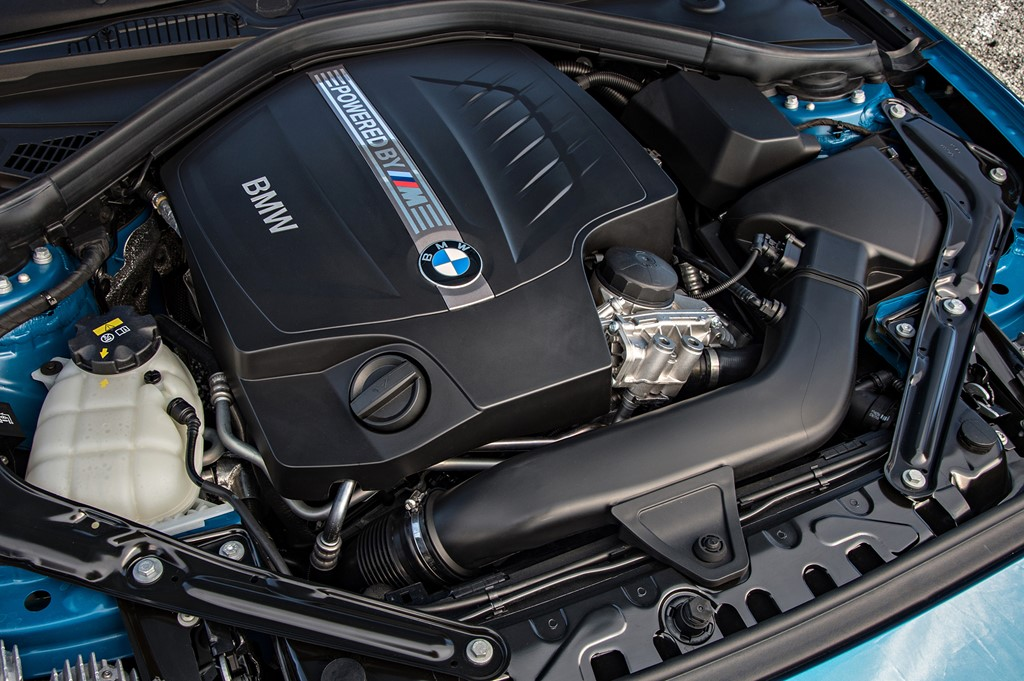 Xe BMW M2 Coupe thế hệ mới 03