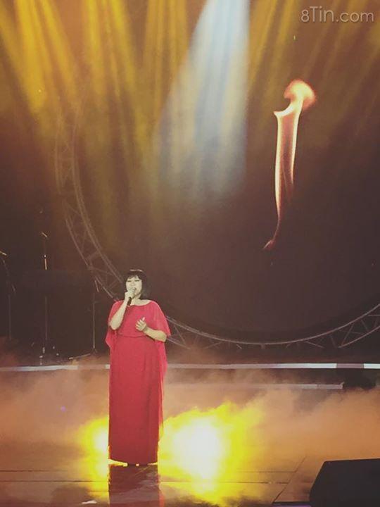 """Cẩm Vân đã khép lại liveshow trọn vẹn với """"Bài ca không"""