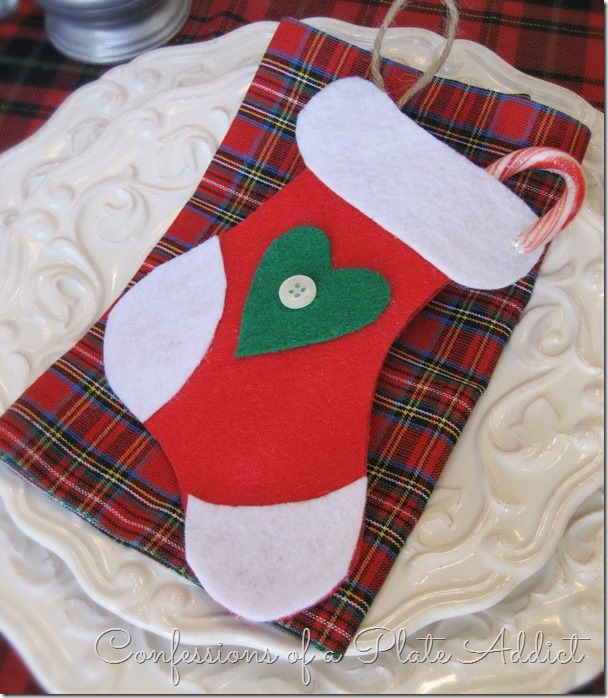 CONFESSIONS OF A PLATE ADDICT 3 in 1 Easy Christmas No-Sew Stocking