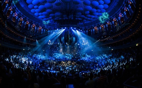 music-coldplay-at-the-royal-albert-hall-04