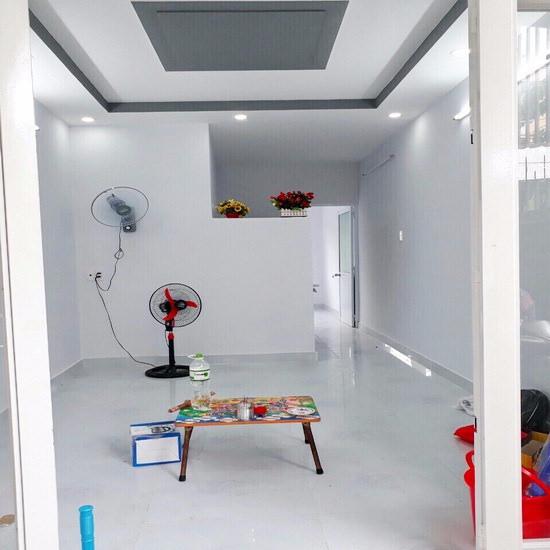 Chính chủ cần bán gấp nhà cấp 4 hẻm 1205 Huỳnh Tấn Phát, Phường Phú Thuận, Quận 7 003