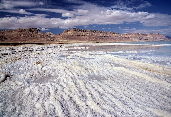 dead-sea-salt-crystals-12