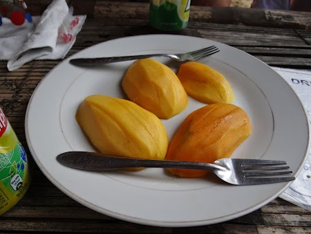 26. Mango proaspat.JPG