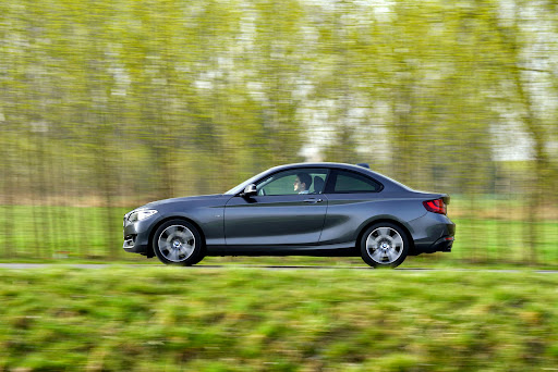 BMW-220d-Coupe-03.jpg