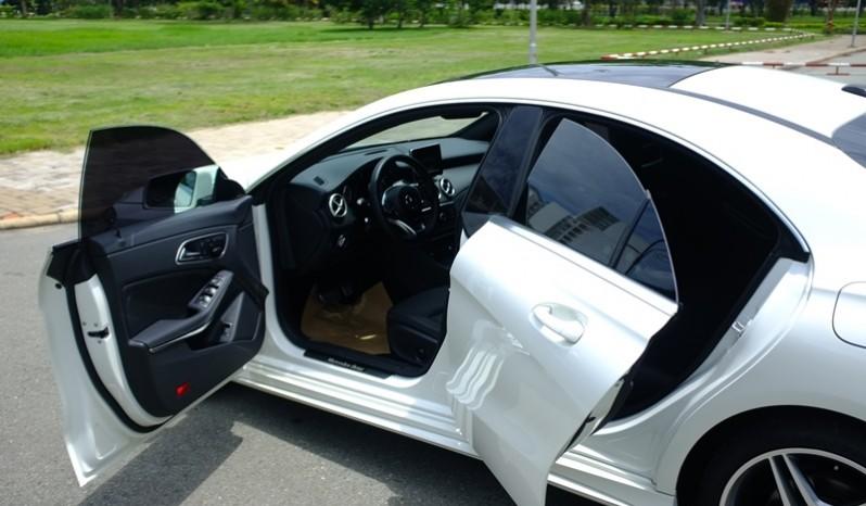 Xe Mercedes Benz CLA250 cũ 2014 màu trắng 07