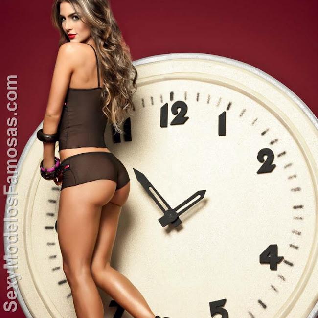 Natalia Velez Sexy Lenceria Besame Foto 80