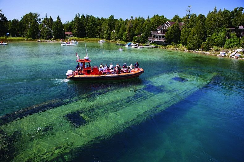 lake-huron-shipwreck-0