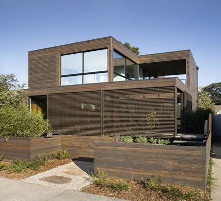 casa-fachada-madera-cedro