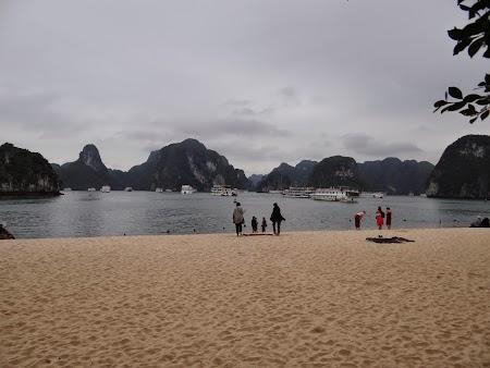 43. Plaja din Titop.JPG
