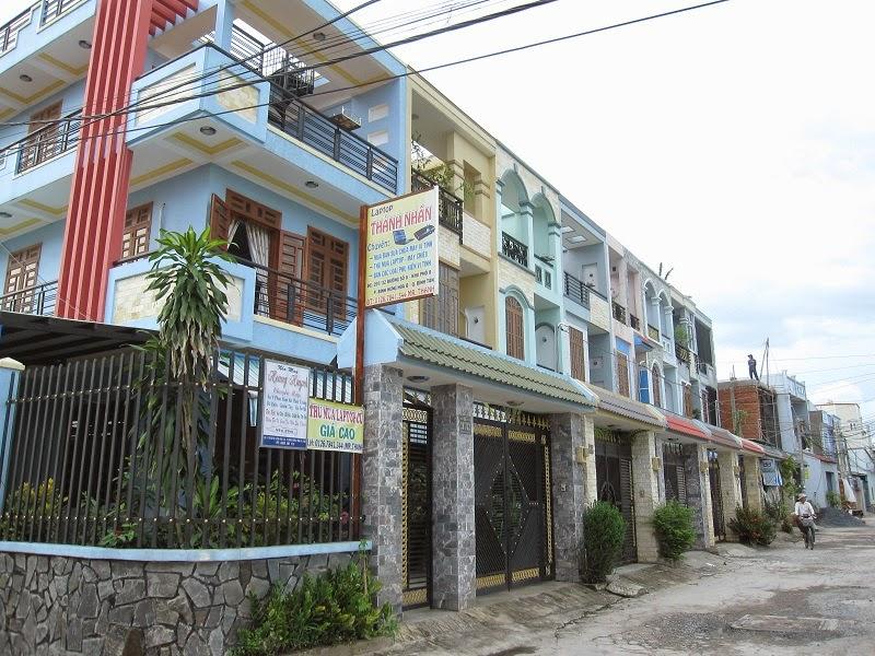 Bán Nhà Sổ Hồng Quận Tân Phú Chính Chủ 01