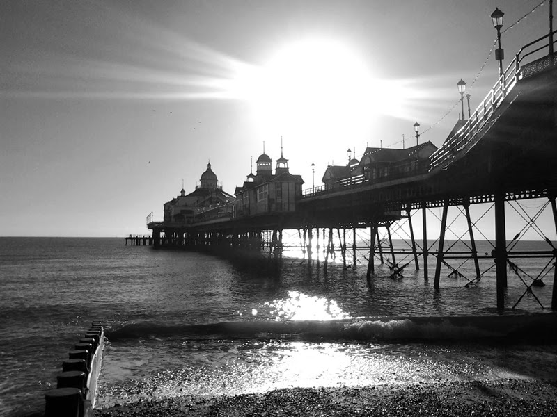 sunny day at eastbourne pier