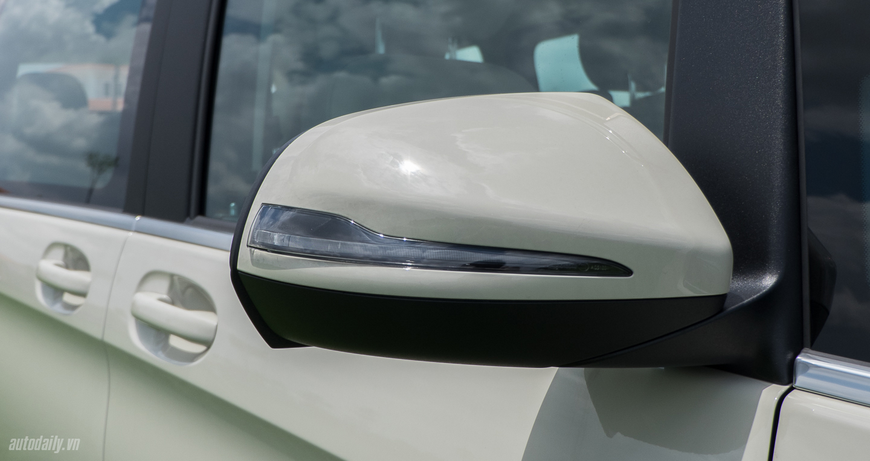 Xe Mercedes Benz V250 Avantgarde Máy Xăng màu trắng 06
