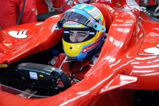 35273-fernando-alonso-ferrari-f10-valencia-tests-f1-wallpaper-2010
