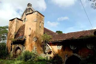 Tu viện bỏ hoang, Gp. Đà Lạt