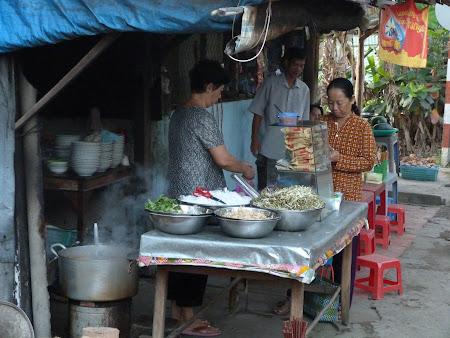 22. mic dejun Vietnam.JPG