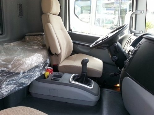 Nội thất xe Daewoo 9 tấn Prima thùng bạt
