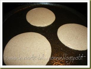 Pancakes ai quattro cereali con latte di soia, zucchero di canna e sciroppo d'agave (4)