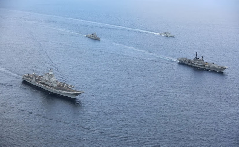 Aircraft-Carrier-INS-Vikramaditya-05-Indian-Navy-R