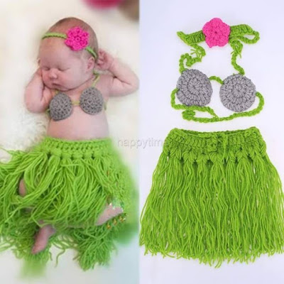 Dress up your little girl in one of these cute hawaiian outfits for a great photo op