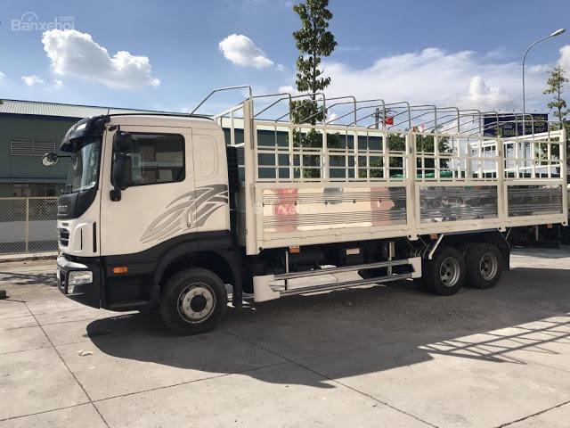 Xe tải Daewoo 3 chân thùng bạt