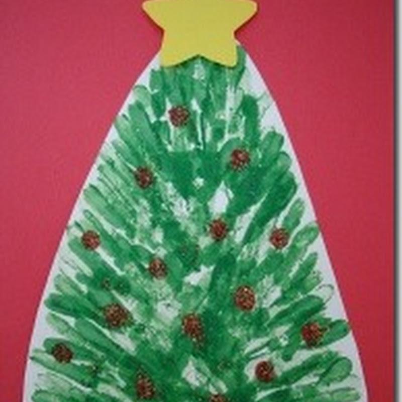 manualidades Navidad, árbol hecho con huellas