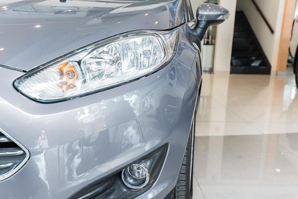 Xe ô tô Ford Fiesta 03