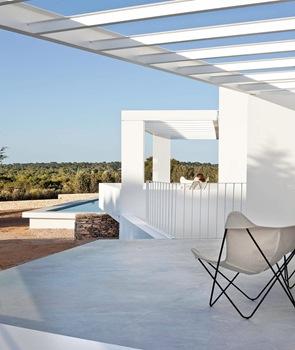 diseño-de-pergolas-en-casa-de-playa