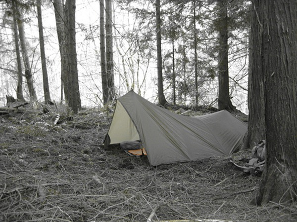 how to go camping in the rain tips