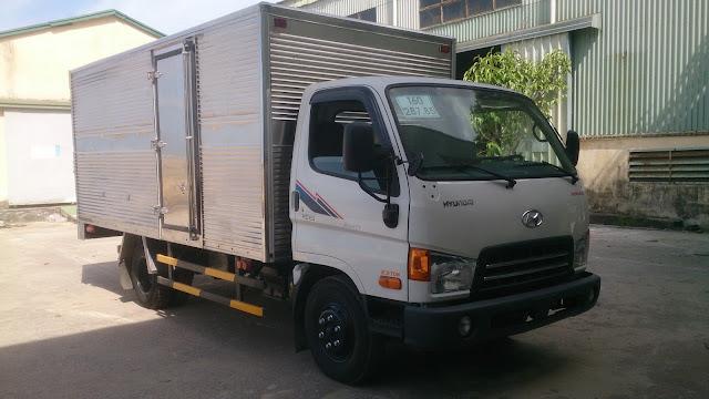 Xe Hyundai HD65 thùng kín
