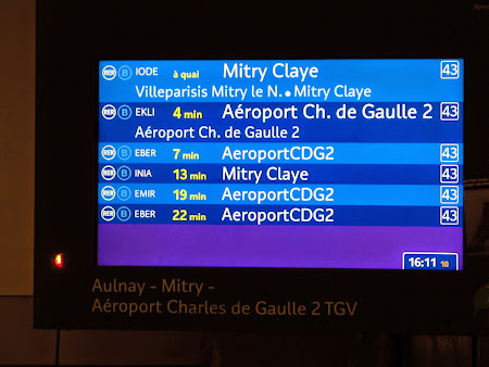 Panou din statia RER Gare du Nord