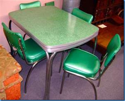 green table and chairs
