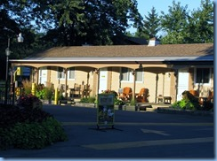 7747 Lundy's Lane - Niagara Falls KOA - walk through campground