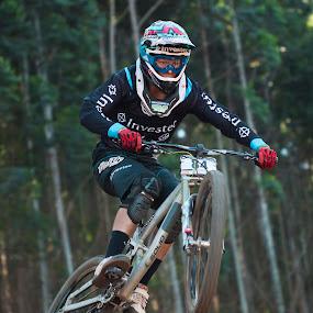 Cape Town Star by Simon Joubert - Sports & Fitness Cycling ( down hill, mountain biking, world cup, uci, pietermaritzburg, cascades, stefan garlicki, simon joubert )