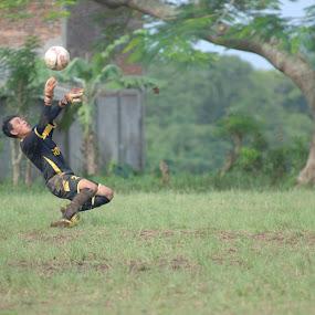 goal keeper by Danang Kusumawardana - Sports & Fitness Soccer/Association football