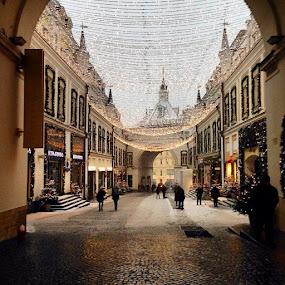 #vsco #VSCOcam by Kseniya Maksimenko - City,  Street & Park  Street Scenes