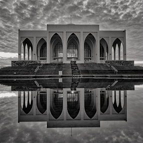 by Charliemagne Unggay - Black & White Buildings & Architecture (  )