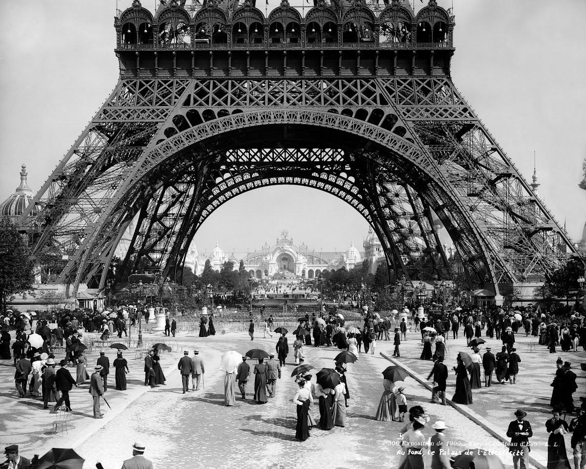 The Eiffel Tower in 1900 - Eiffel Tower — Google Arts & Culture