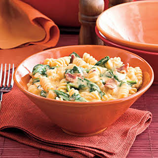 Spinach-Bacon Mac and Cheese.