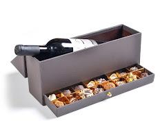 מארז יין ו 18- יחידות מארז של 30 פרלינים וטראפלס
