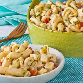 Pasta Salad with Gouda, Red Peppers & Artichoke Hearts.